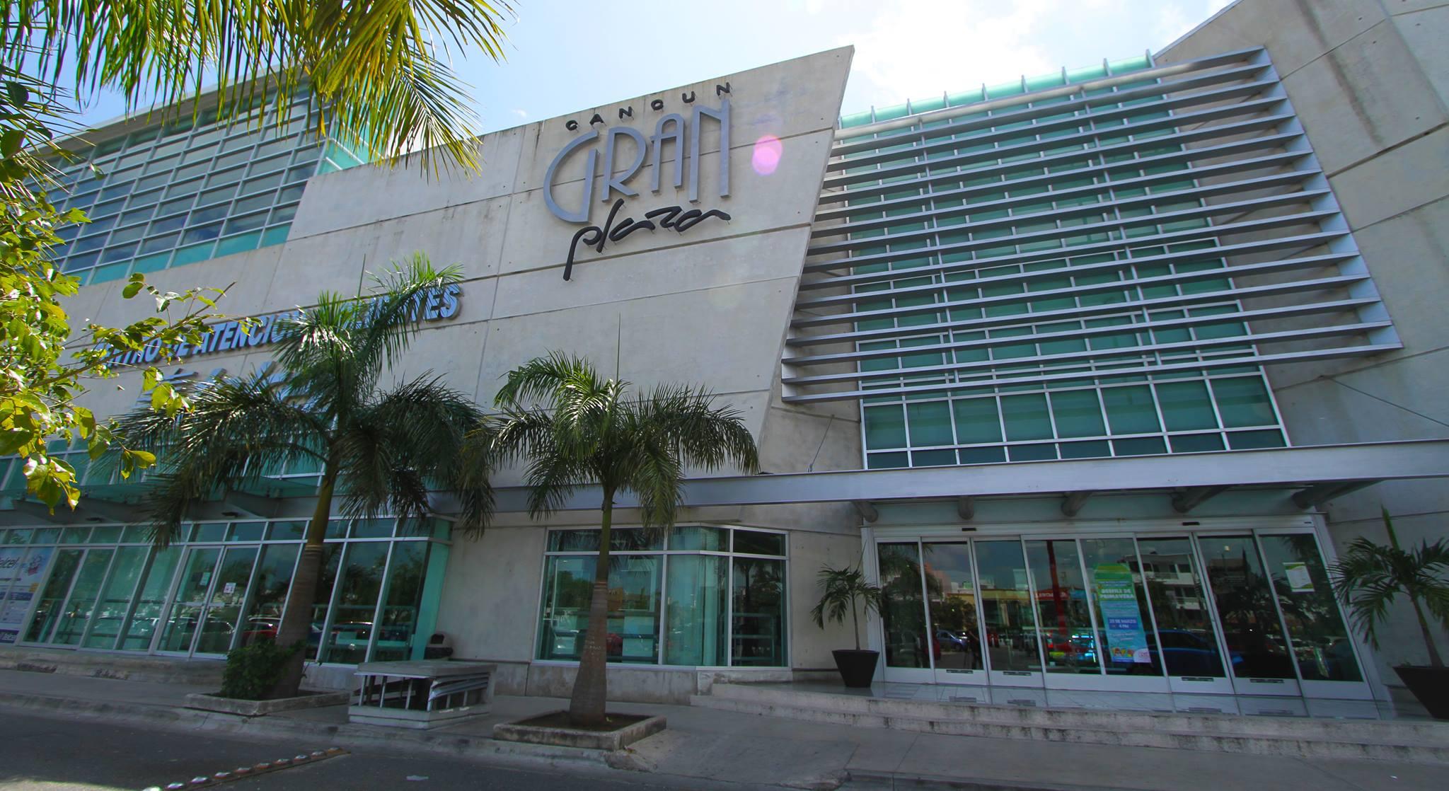 Publicidad en la Gran Plaza Cancún