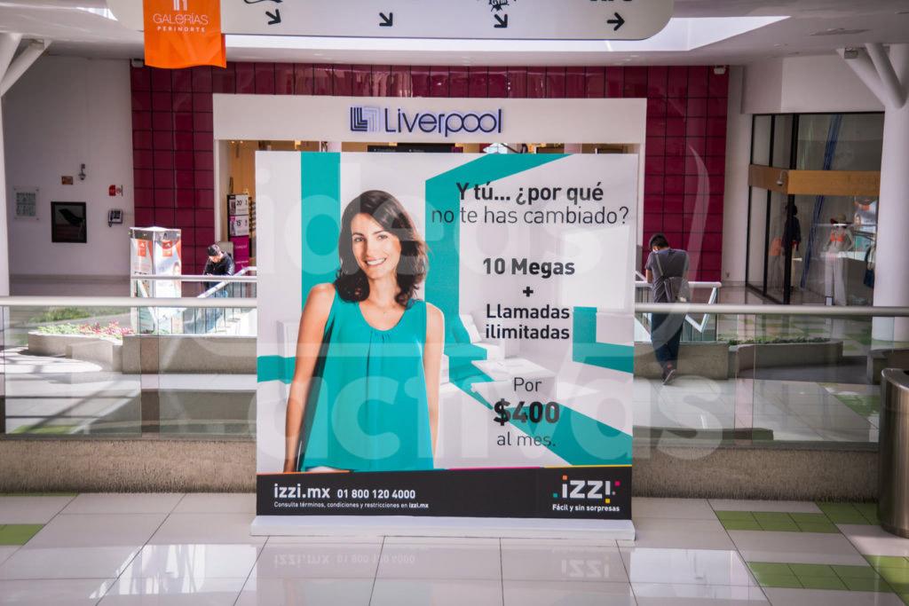 Publicidad en mampara en Plaza Perinorte