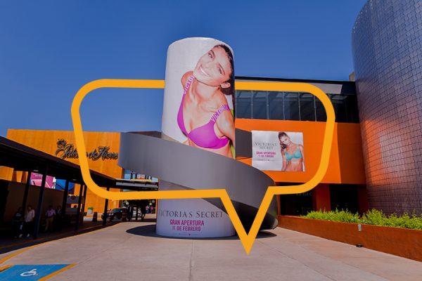 Publicidad en torre y muro, Plaza Satélite